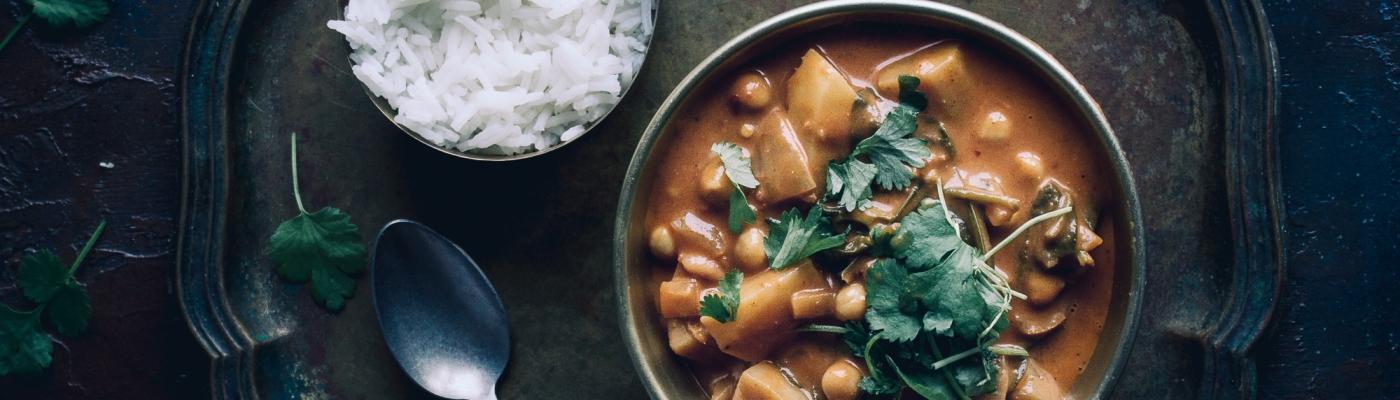 vegan-chickpea-and-potato-curry-eatbrightliving